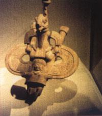 Les bijoux étranges retrouvés en Bolivie, chez les Mayas Aeroglis2